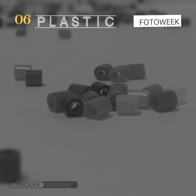 Galería online: Fotoweek - Plastic © moversinmover